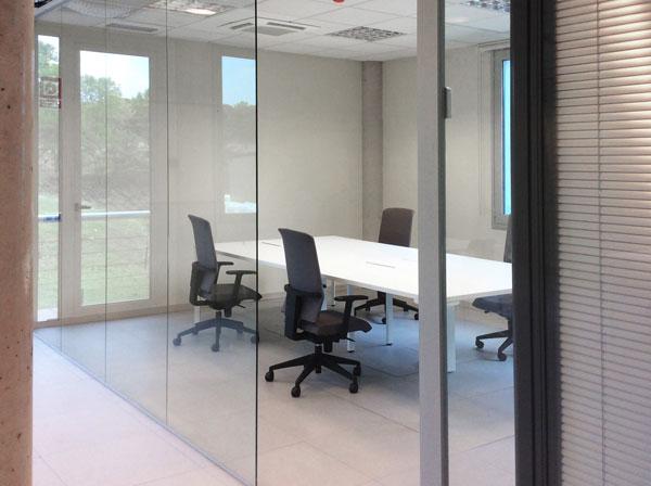 Oficina a llinars vislum for Cadires oficina